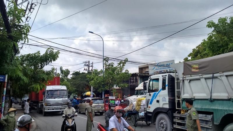 Hoảng loạn vì xe tải phóng quá nhanh, một thanh niên bị tử vong - ảnh 2