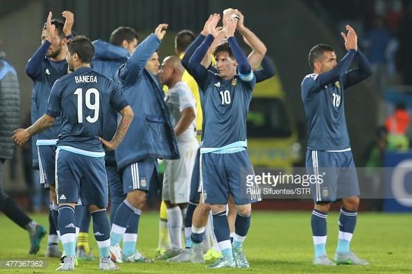 Trước chung kết Copa America Argentina- Chile: Năm cuộc chạm trán nảy lửa - ảnh 2