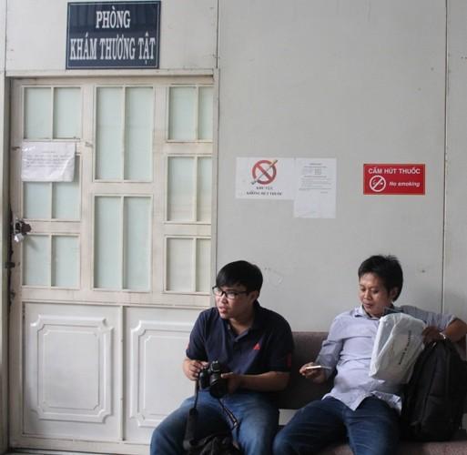 Vụ phóng viên báo Giao thông bị hành hung: Khởi tố thêm tội danh - ảnh 1