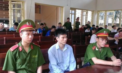 Tòa tuyên Lý Nguyễn Chung 12 năm tù, đề nghị điều tra mở rộng vụ án - ảnh 2