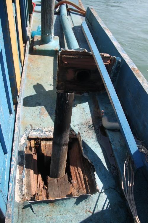 Tàu cá Bình Định bị tàu vũ trang Trung Quốc tấn công - ảnh 4