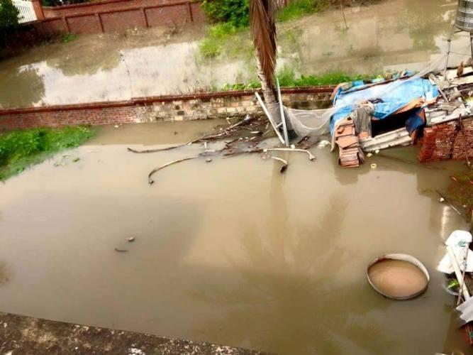 Choáng với trận mưa lớn chưa từng có trong 40 năm qua ở Quảng Ninh - ảnh 9