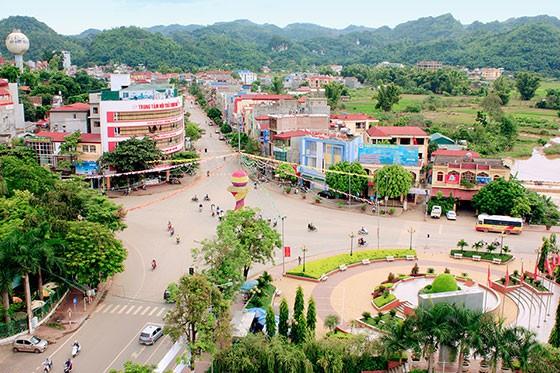 Sơn La họp báo về công trình tượng đài Bác 1.400 tỉ - ảnh 1