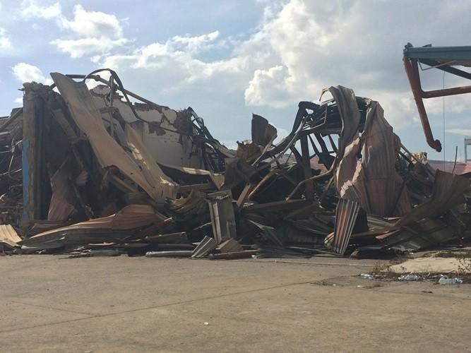 Bình Dương: Công ty gỗ của Malaysia bất ngờ bốc cháy dữ dội - ảnh 1