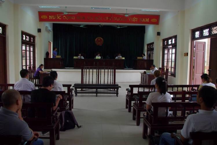Hoãn phiên tòa xét xử vụ mua bán trẻ ở chùa Bồ Đề - ảnh 1