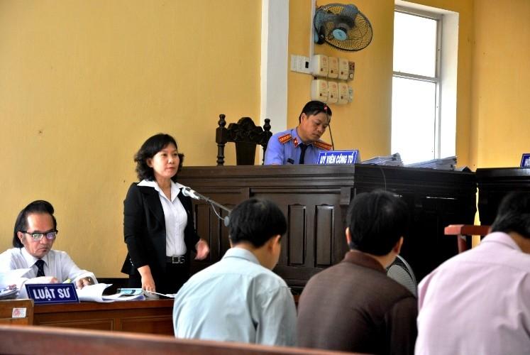 Bị cáo nguyên KSV: 'Ngồi ở đây tôi mới thấy hết vai trò của luật sư' - ảnh 1