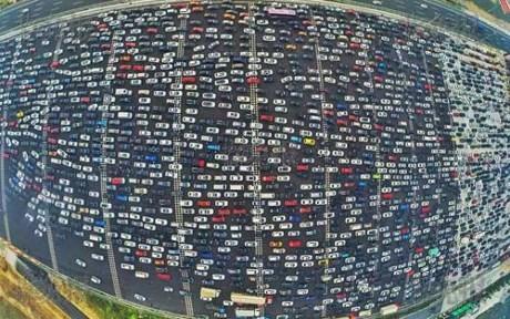 Kẹt xe kinh hoàng ở Bắc Kinh sau nghỉ lễ Quốc Khánh - ảnh 2
