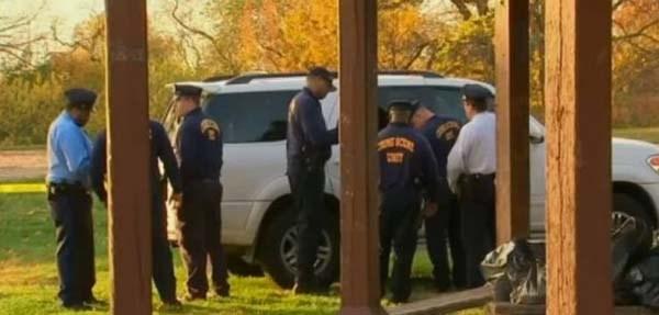 Cặp đôi bị bắn chết khi đang 'ăn vụng' trên ôtô - ảnh 1