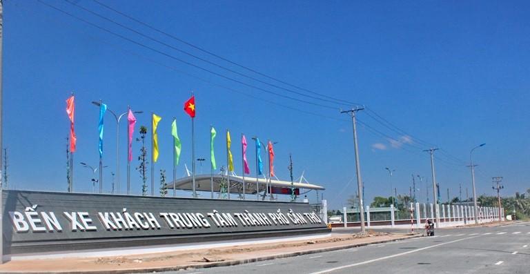 Bến xe mới hoành tráng nhất miền Tây vắng teo khách - ảnh 4