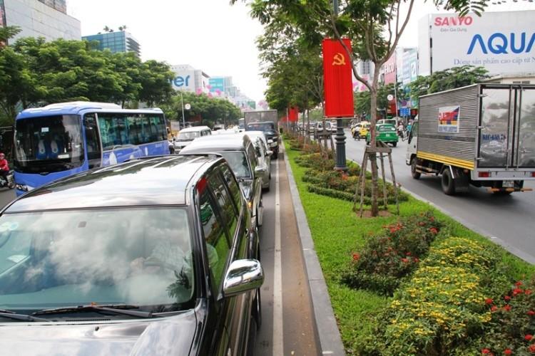 Kẹt xe và 'gỡ nút' ở cửa ngõ sân bay Tân Sơn Nhất - ảnh 13