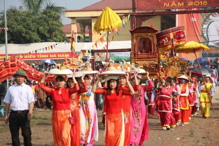 Khai hội 'Vua' xuống ruộng làm lễ Tịch điền - ảnh 2