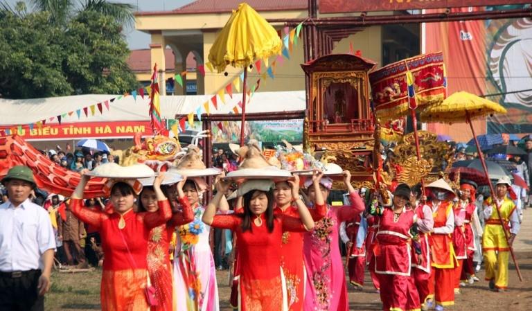 Khai hội 'Vua' xuống ruộng làm lễ Tịch điền - ảnh 3