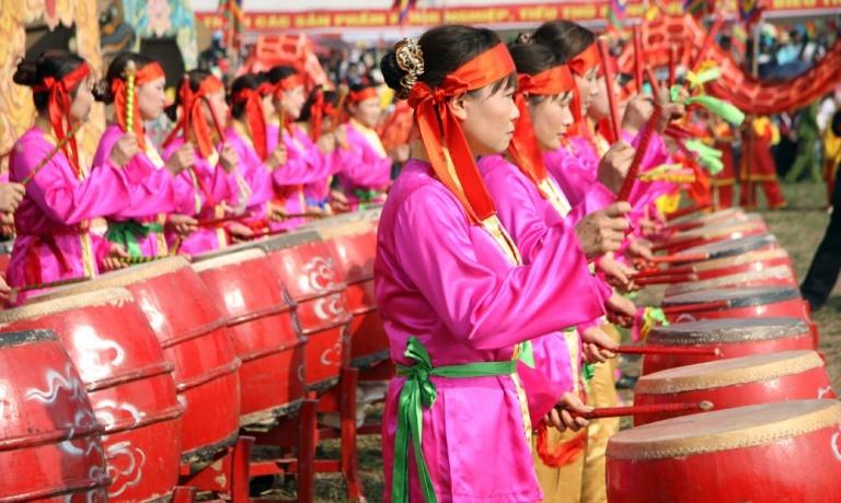 Khai hội 'Vua' xuống ruộng làm lễ Tịch điền - ảnh 8