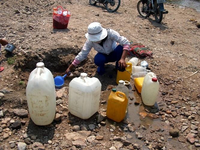 Gia Lai hạn hán gay gắt, thiếu nước trầm trọng - ảnh 1