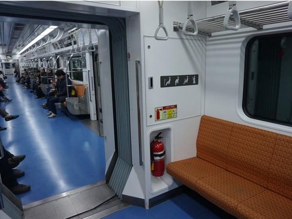 """Hệ thống tàu điện ngầm """"hiện đại như phim"""" của Seoul - Ảnh 12."""