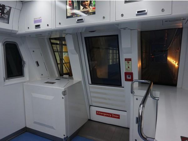 """Hệ thống tàu điện ngầm """"hiện đại như phim"""" của Seoul - Ảnh 8."""