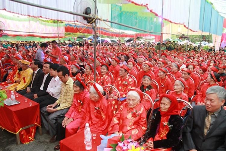 Cả làng mừng thượng thọ tập thể cho hơn 600 cụ  - ảnh 6