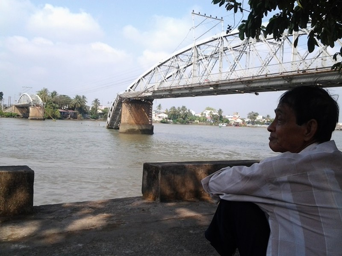 Tình cảm người dân Biên Hòa trước số phận cầu Ghềnh - ảnh 2
