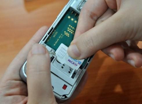Xử phạt nặng việc lưu thông SIM điện thoại kích hoạt sẵn - ảnh 1