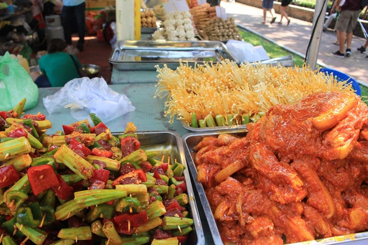 Rực rỡ lễ hội Thái Lan  - ảnh 8