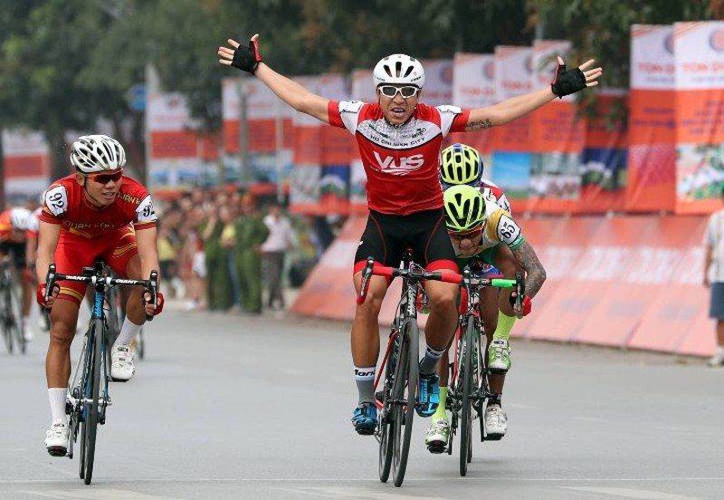 Mai Nguyễn Hưng chiến thắng vòng đua tốc độ - ảnh 1
