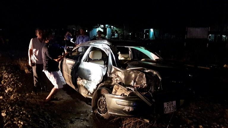 Tàu hỏa tông ô tô, cả gia đình đi viếng đám tang gặp nạn - ảnh 2