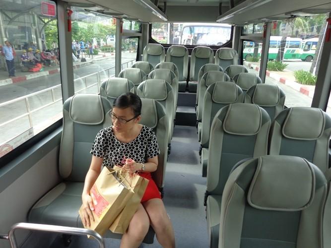 Mở tuyến xe buýt du lịch vòng quanh trung tâm Sài Gòn - ảnh 4