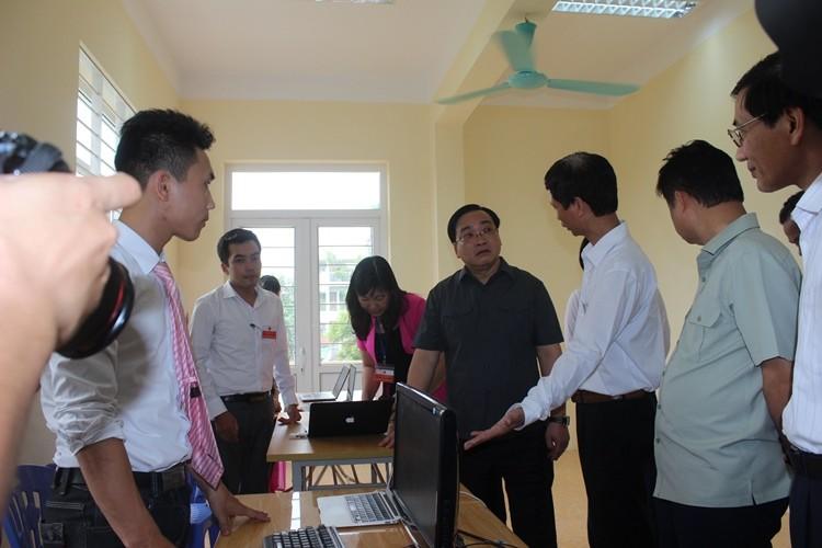 Long Biên: Ứng dụng công nghệ thông tin vào bầu cử - ảnh 1