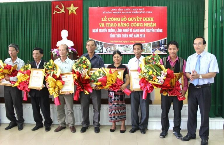 Thừa Thiên Huế công nhận 6 làng nghề truyền thống - ảnh 1