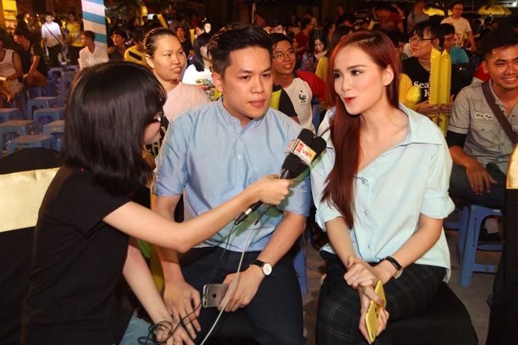 Chùm ảnh: Người Sài Gòn cùng nhịp đập Euro - ảnh 2