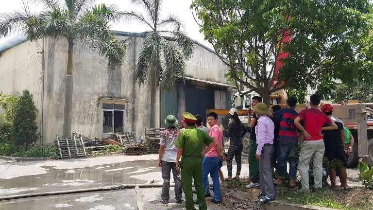 Cháy dữ dội ở xưởng gỗ - ảnh 3