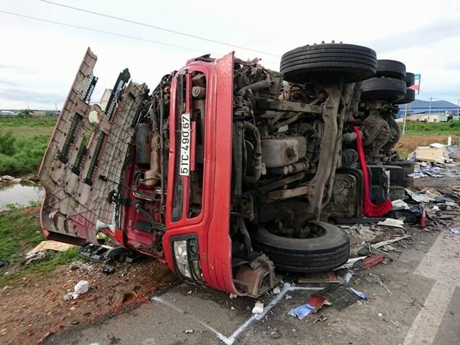 Lại tai nạn nghiêm trọng trên 'cung đường tử thần', 3 người chết - ảnh 2