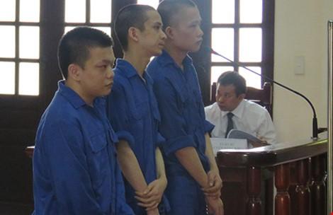 Tòa đề nghị VKS rút kinh nghiệm vụ 'bị cáo khuyên nhận sai' - ảnh 1