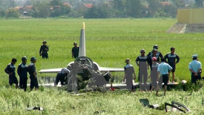 Máy bay quân sự rơi ở Phú Yên, một chiến sĩ hi sinh - ảnh 1
