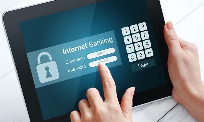 Không dùng máy tính công cộng để truy cập, thực hiện giao dịch Internet Banking