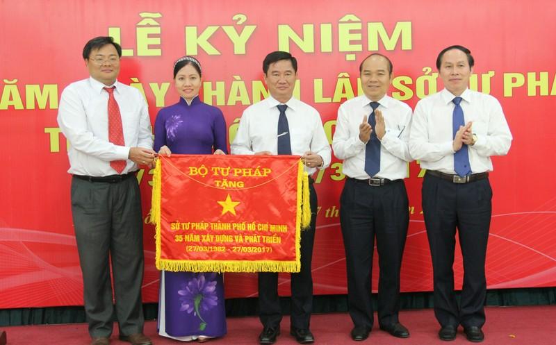 Sở Tư pháp TP.HCM - Lá cờ đầu của ngành Tư pháp - ảnh 4