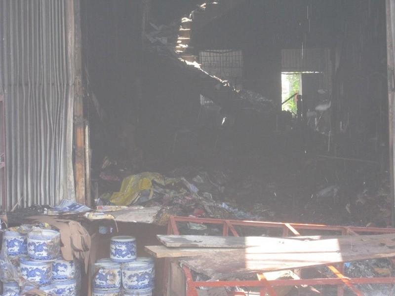 ngôi nhà bị cháy