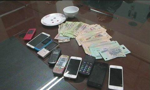 Triệt phá ổ cờ bạc liên tỉnh tại Quảng Ninh - ảnh 2