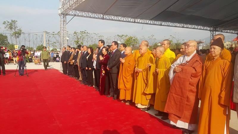 Lễ hội khai xuân Yên Tử diễn ra trật tự, không chen lấn - ảnh 1
