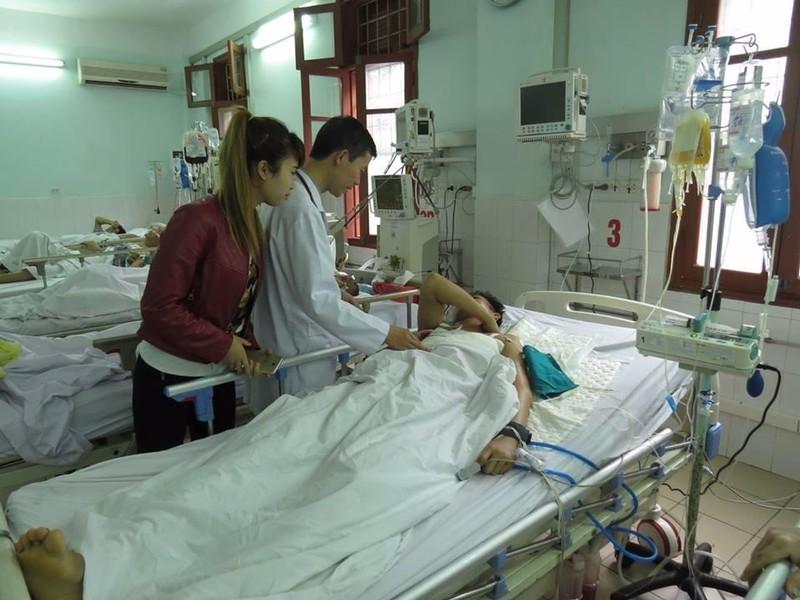 Anh Nguyễn Văn M đã tỉnh táo sau khi được các bác sĩ cấp cứu.