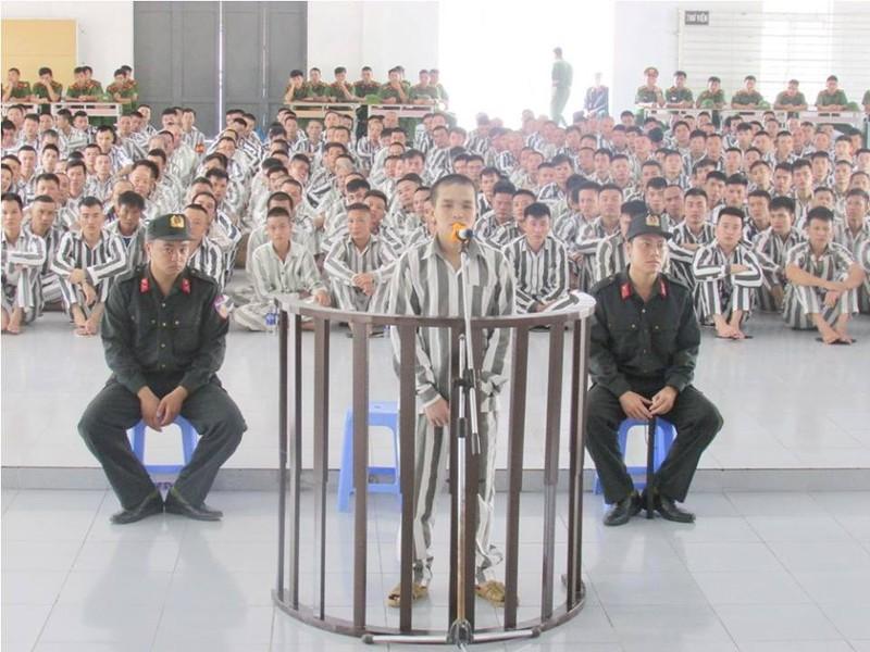 Phạm nhân trốn trại lĩnh thêm án tù - ảnh 1