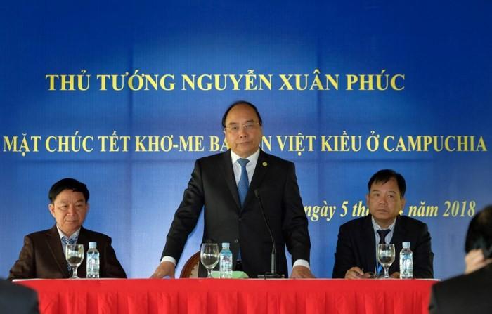 Thủ tướng Nguyễn Xuân Phúc thăm kiều bào ở Siêm Riệp - ảnh 1