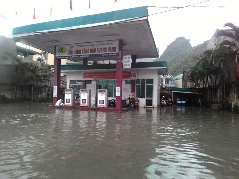 Quảng Ninh di dời dân đề phòng mưa lũ  - ảnh 2
