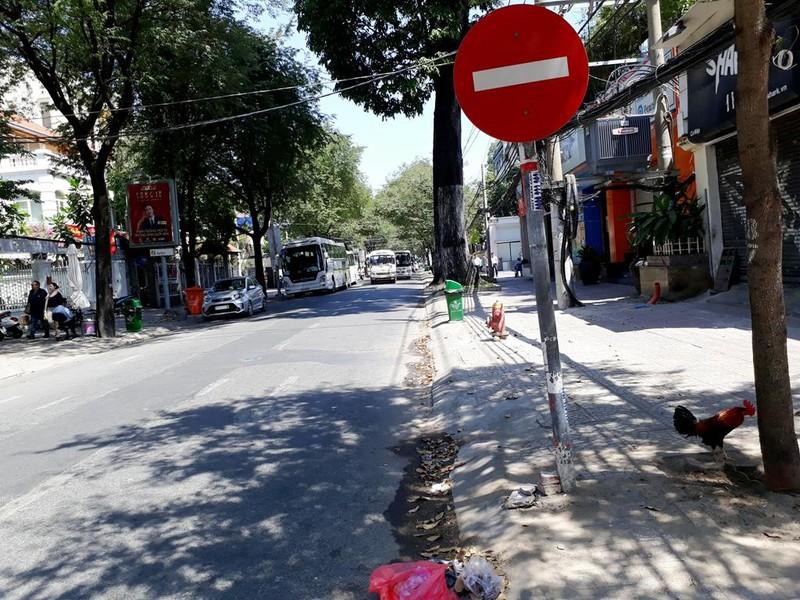 Đường Võ Văn Tần.