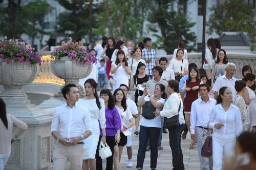 Đại nhạc hội hoành tráng đón chào công viên 'khủng' - ảnh 2
