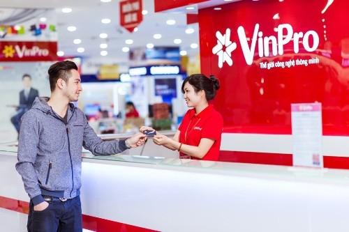 Sở hữu siêu thẻ Vingroup - trúng siêu xe Camry - ảnh 1