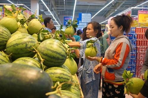 Co.opmart Gò Công giảm giá hơn 200 mặt hàng sữa - ảnh 1