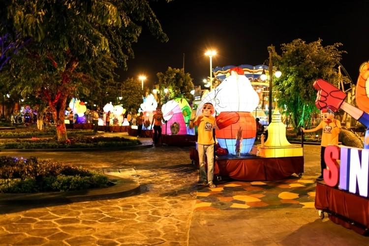 Khoảnh khắc không nên bỏ lỡ tại Lễ hội đèn lồng Asia Park - ảnh 3