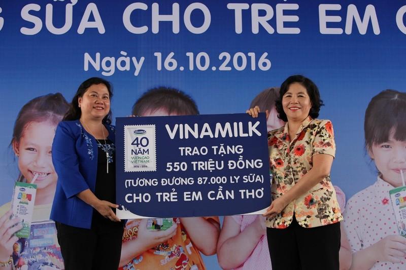Quỹ sữa Vươn cao Việt Nam đến Cần Thơ - ảnh 1