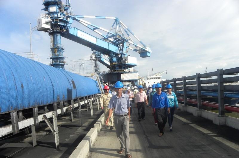 Nhiệt điện Duyên Hải 1: Đón dân vào giám sát môi trường - ảnh 1